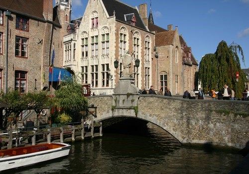 On of the many bridges in the medieval city center of Bruges, Belgium